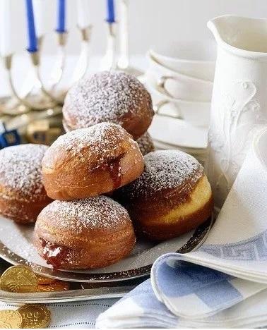 Sufganiyot jelly doughnut