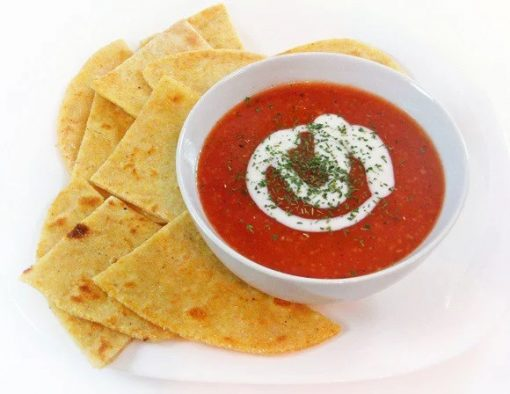 Tomato soup with polenta-garlic flatbread