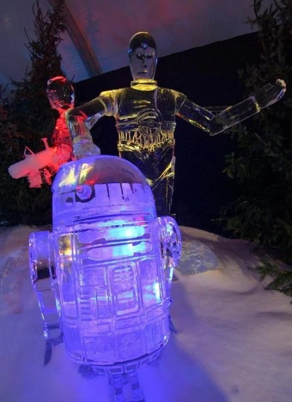 C-3PO and R2-D2 ice sculptures Inspired Ice Sculpture
