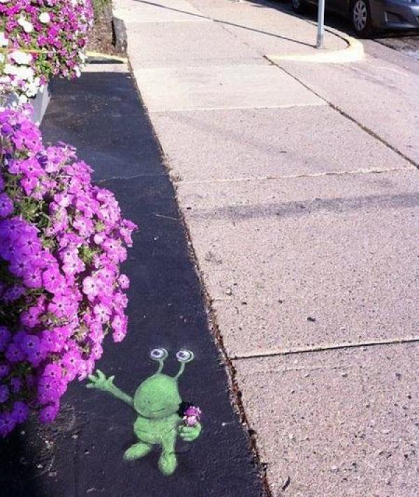 David Zinn - Sluggo and Friends Street Art