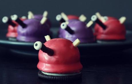 Dalek Oreo Cake Bites