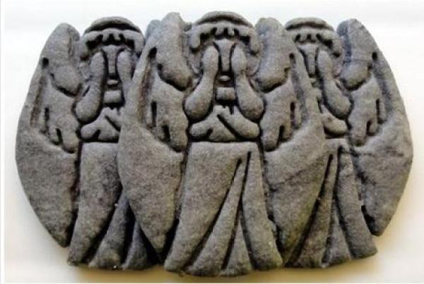 Weeping Angel cookies