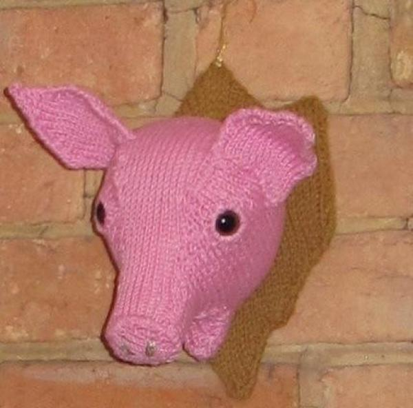 Wall Mounted Knitted Pigs Head