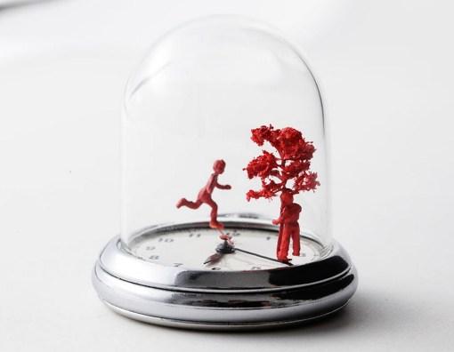 Top 10 Amazing Watch Sculptures