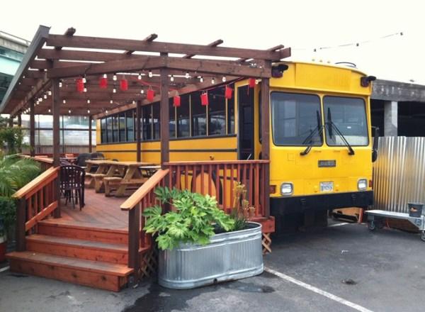 Ten Crazy and Amazing Restaurants Located Inside Vehicles