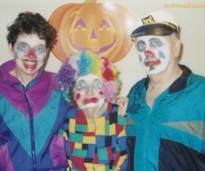 Top 10 Awkward Family Halloween Photos