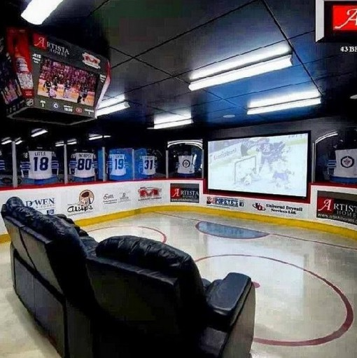 Top 10 Ultimate Man Caves and Rooms