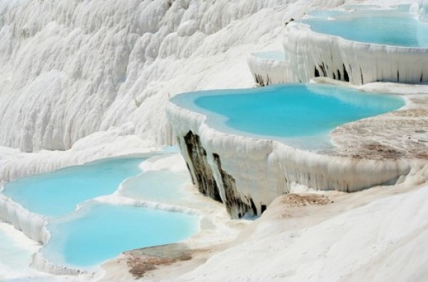 Top 10 Amazing Hot Springs Around the World