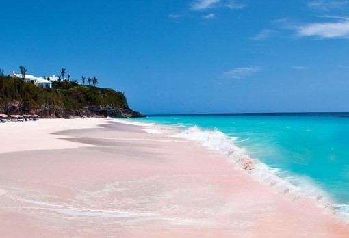 Top 10 Amazing & Unusual Coloured Beaches