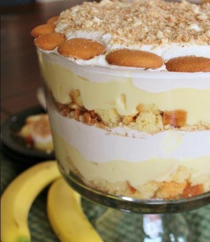 Banana Pudding Punch Bowl Cake