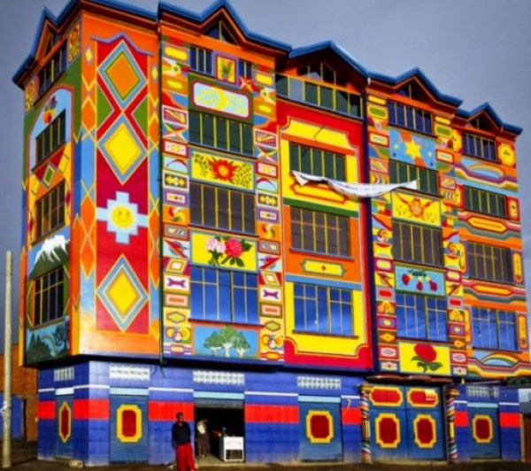 Top 10 Colourful Bolivian Mansions (Cholets)