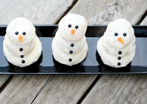 Cream Cheese & Cinnamon Snowmen