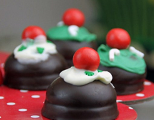 Marshmallow Christmas Pudding Bites