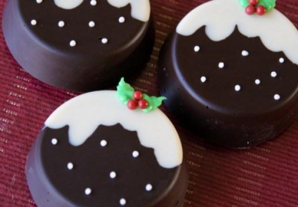 Christmas Pudding Chocolate Covered Oreos