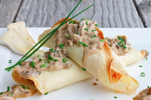 Brie, Ham and Asparagus Savoury Crepes