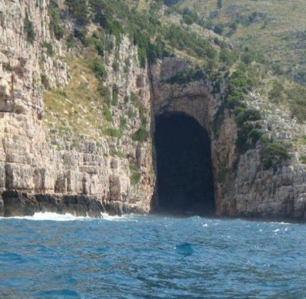 Caves Haji Ali, Karaburun peninsula