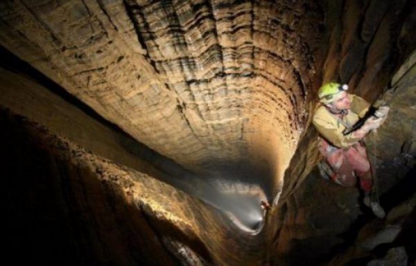 Krubera Cave, Abkhazia