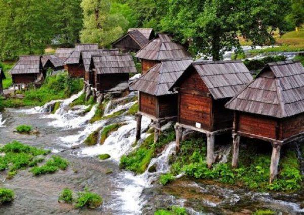 Watermills of Jajce, Jezero