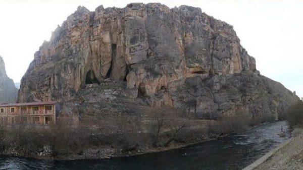 Areni-1 Cave Complex, Areni village