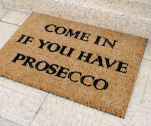 Top 10 Fun Gift Ideas For Prosecco Princesses