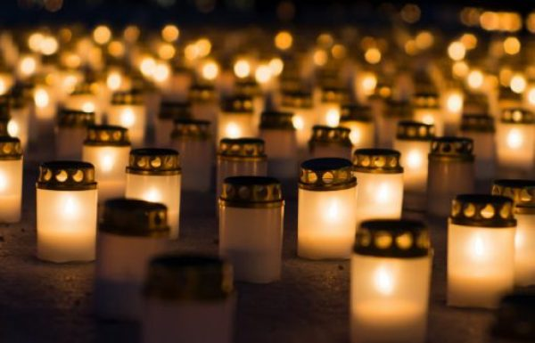Finnish Christmas Tradition - The Tribute Candles