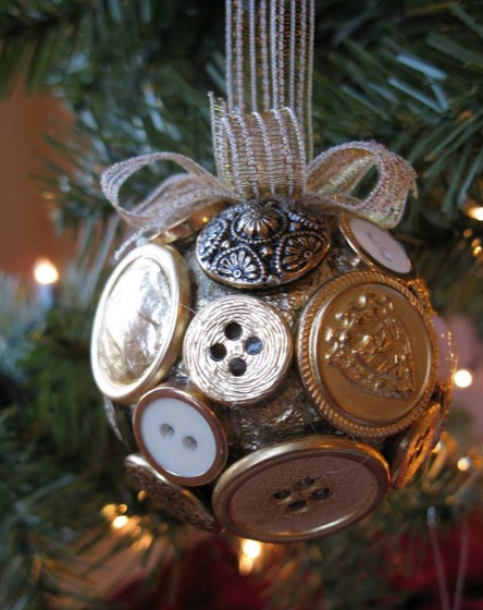 Buttons Recycled Into Christmas Tree Decorations