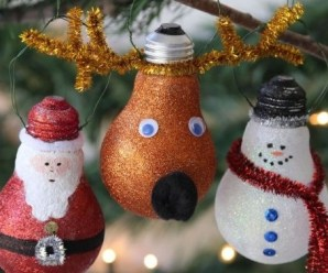 Top Things You Can Recycle Into Christmas Tree Decorations