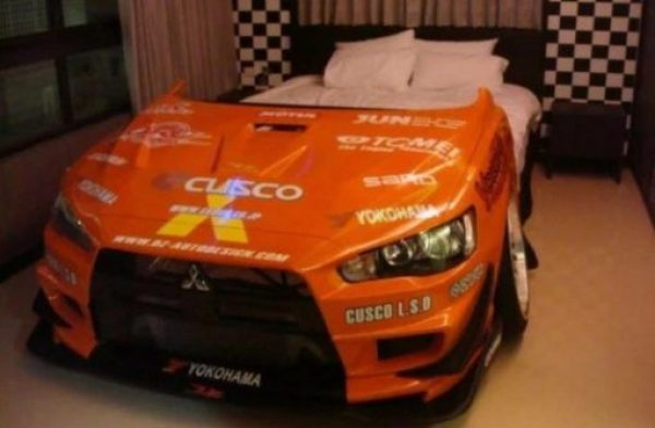 Repurposed Mitsubishi Evo Made into a Bed
