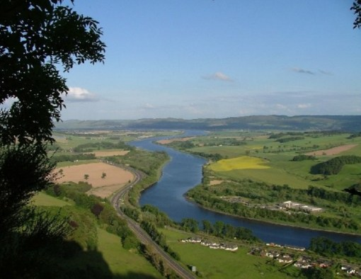 The Top Longest Rivers In The UK - Top 10 longest rivers