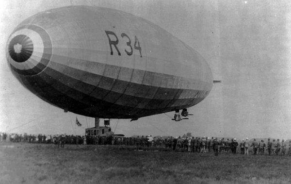 British R-34 airship