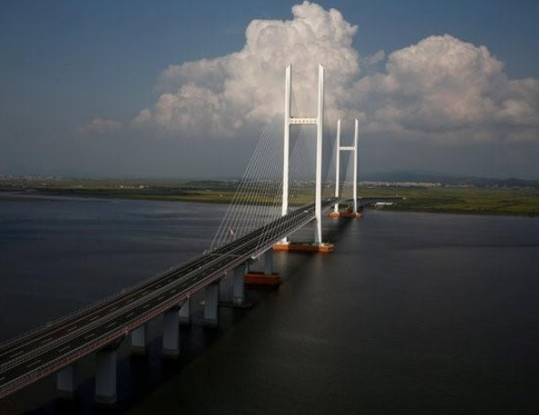 Ten of the Worlds Longest Bridges and Where to Find Them