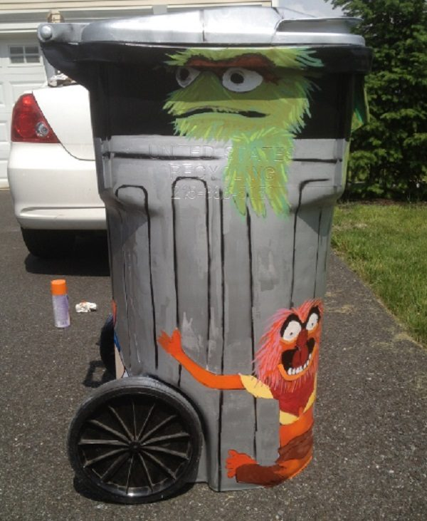 Oscar and Friends Wheelie Bin Art