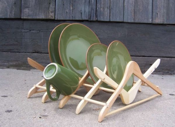 Old Clothes hanger Used to Make a Dish Rack