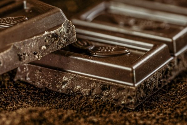 Eat Cocoa Powder and Dark Chocolate on a Ketogenic Diet