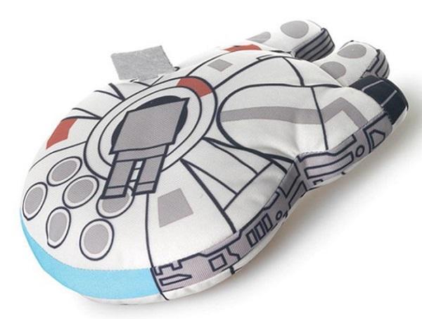 Star Wars Millennium Falcon Plushie (18 cm)
