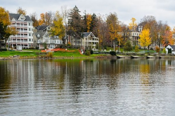 Places To Visit in Western New York: Chautauqua Lake
