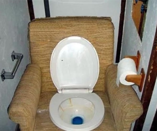 The Bro Pad Toilet
