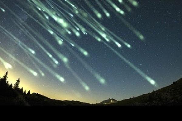 Its Raining Meteorites