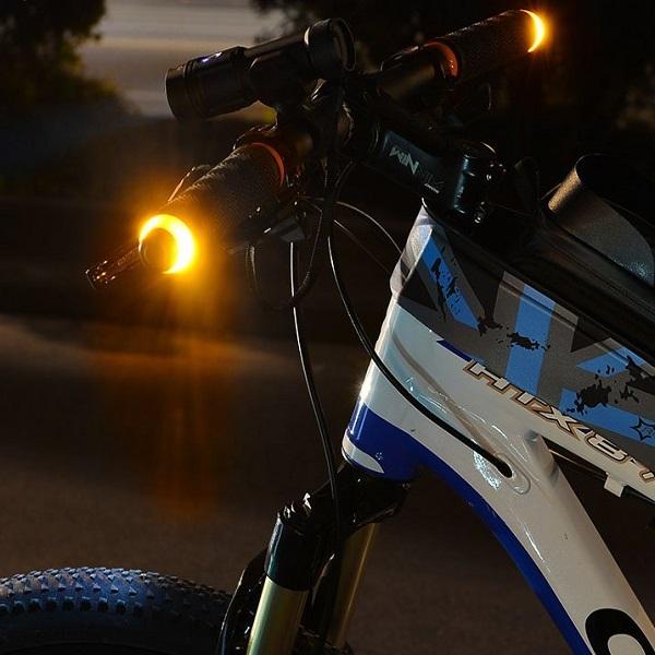 Bicycle Handlebar Turn Signal Light