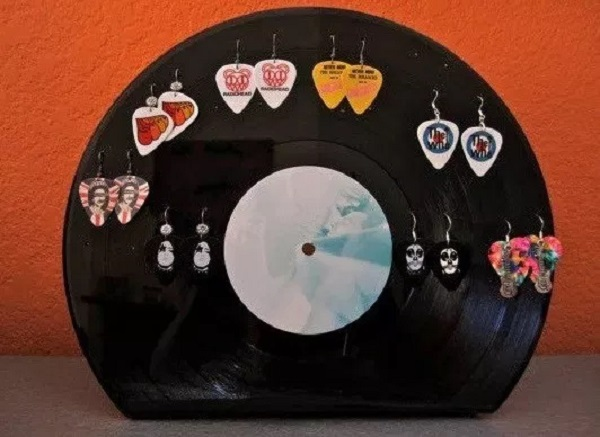 An Earring Holder Made From a Vinyl Record