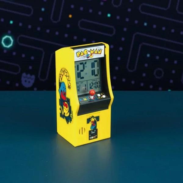 Pac-Man Arcade Machine Alarm Clock