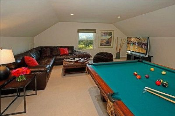 Turn Your Loft Conversion Into a Game Room