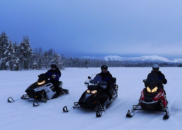 Reasons to Visit Lapland in 2020 - Snowmobiles