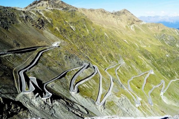 The Worlds Scariest Roads - The Stelvio Pass, Italy