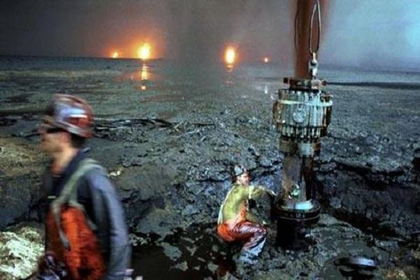 Nowruz oil field oil spill