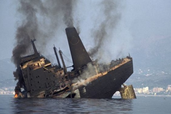 MT Haven oil spill