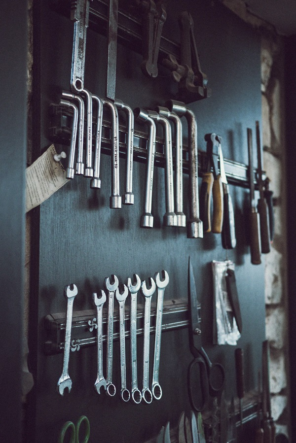 Must-Have Tools in a Workshop