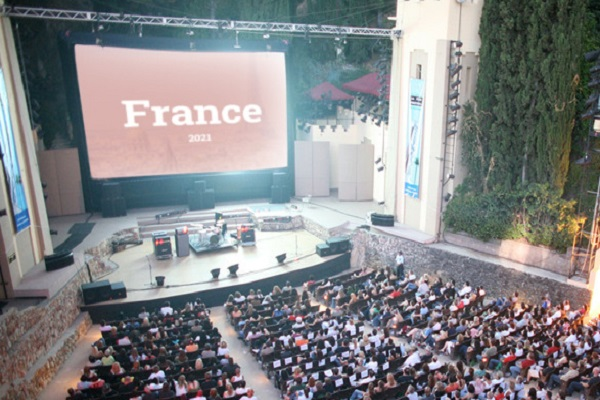 Top 10 Must-Visit Festivals in France 2021