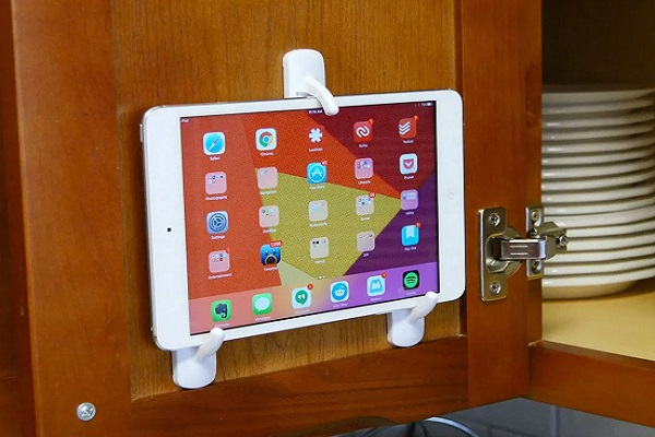 Command Hooks Turned into a Tablet Holder