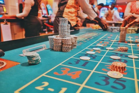 Ten Things to Consider BEFORE Starting to Play Online Casino Games
